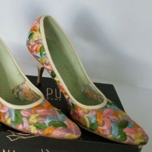 Puccini Womens Shoes Multi-Color FEATHERS sz 6.5 N